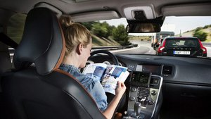 guida autonoma, concessionaria Motornova a Seregno